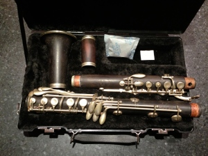 an A full-Boehm clarinet not quite fitting into an SKB320 clarinet case